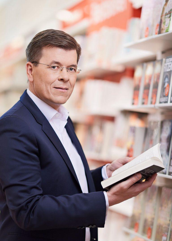 Businessportrait im Geschäft - Buchhandlung