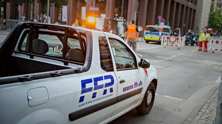 Werbefotografie für die Strassenabsperrung