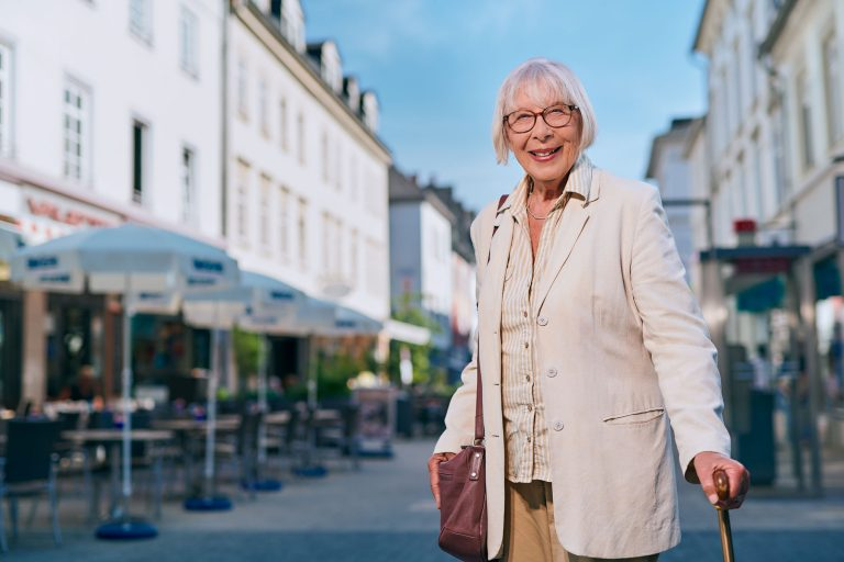 Stadtmarketing - Portrait einer alten Dame