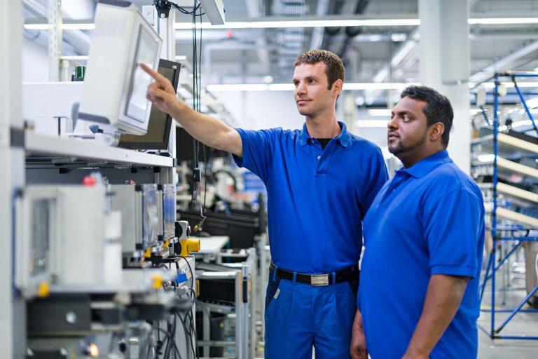 Personalwerbung für ein Unternehmen der Elektrotechnik - Bild 2