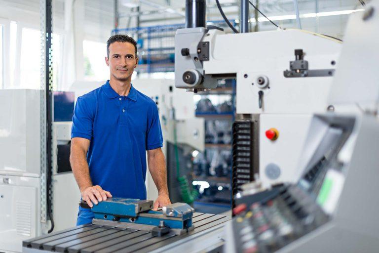 Personalwerbung für ein Unternehmen der Elektrotechnik - Bild 3