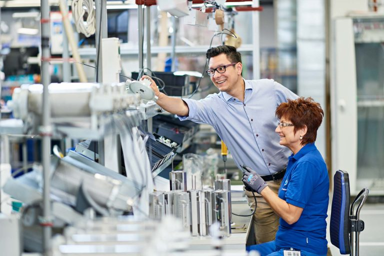 Personalwerbung für ein Unternehmen der Elektrotechnik - Bild 7
