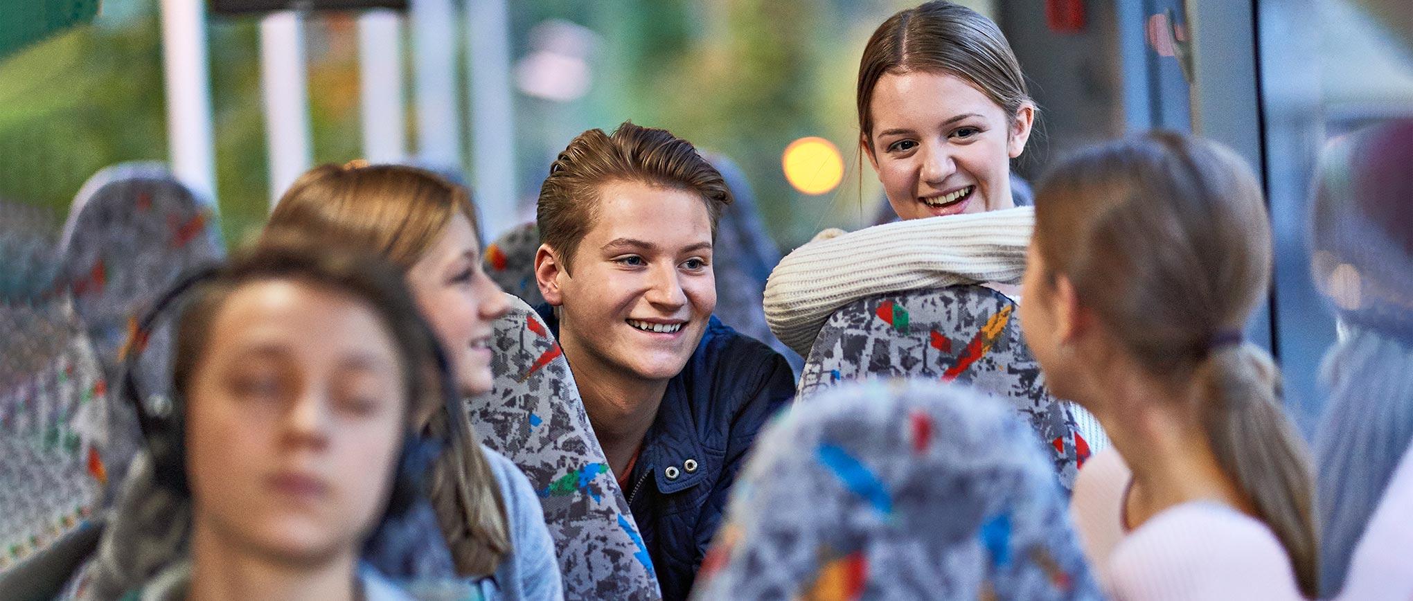 Schwerin - Portraitfoto jugendlicher Fahrgäste